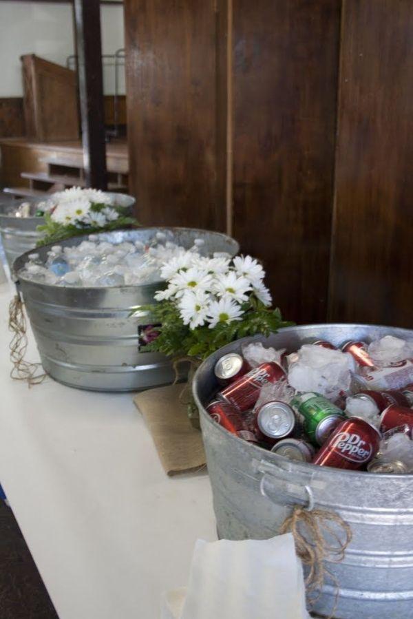 burlap graduation party ideas drink station