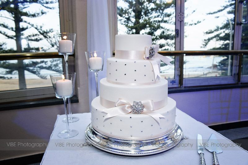 Danielle And Shauns Wedding Cake In Seasalt Restaurant At Crowne Plaza Terrigal With Thanks To