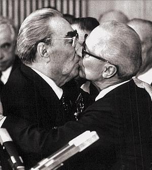 Breznev e Honecker  [1979]