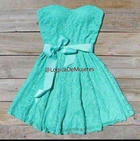 Hermoso vestido color turquesa