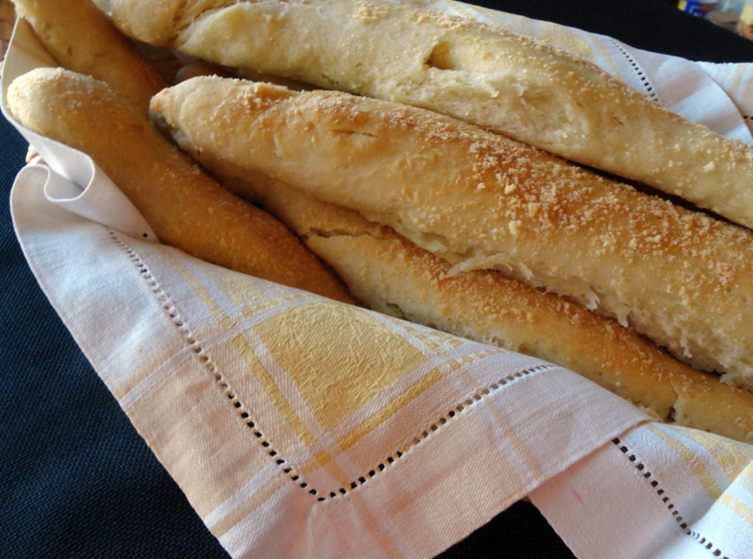 Bread Sticks | Everyone loves these, I am hired out several times a month to make these. So easy, and soo soooooo yummy !