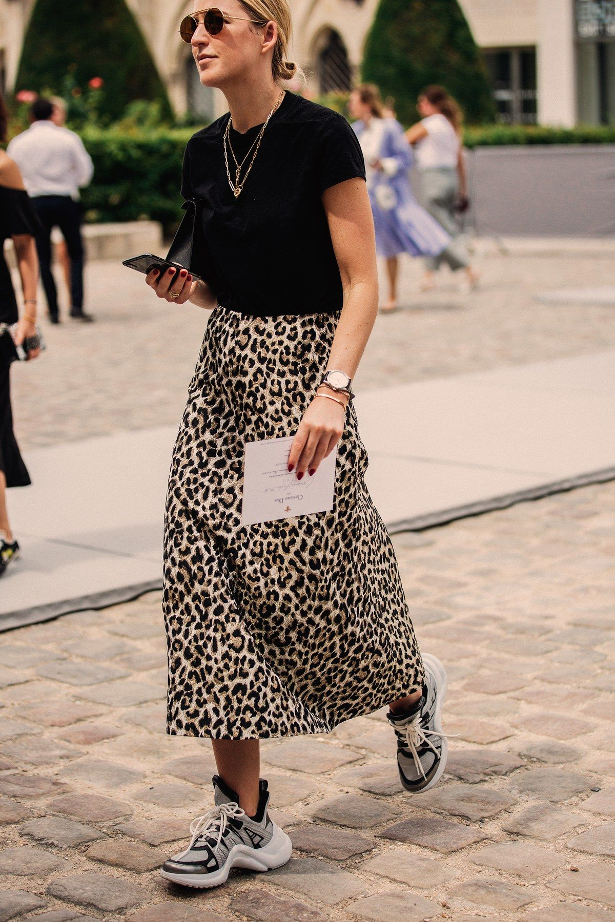 Photo of It's Haute Couture Week! Die besten Street-Styles aus Paris