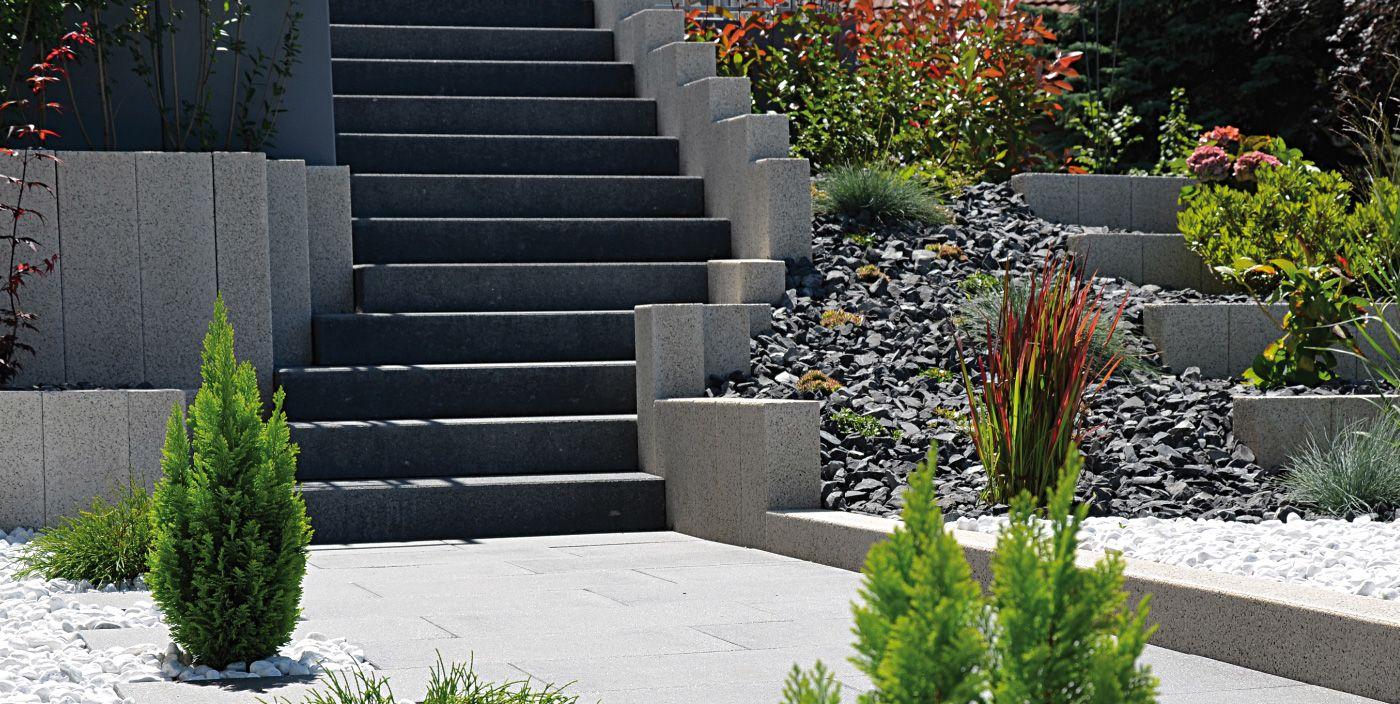 das tocano-stufenprogramm fügt stufen und treppen harmonisch in die