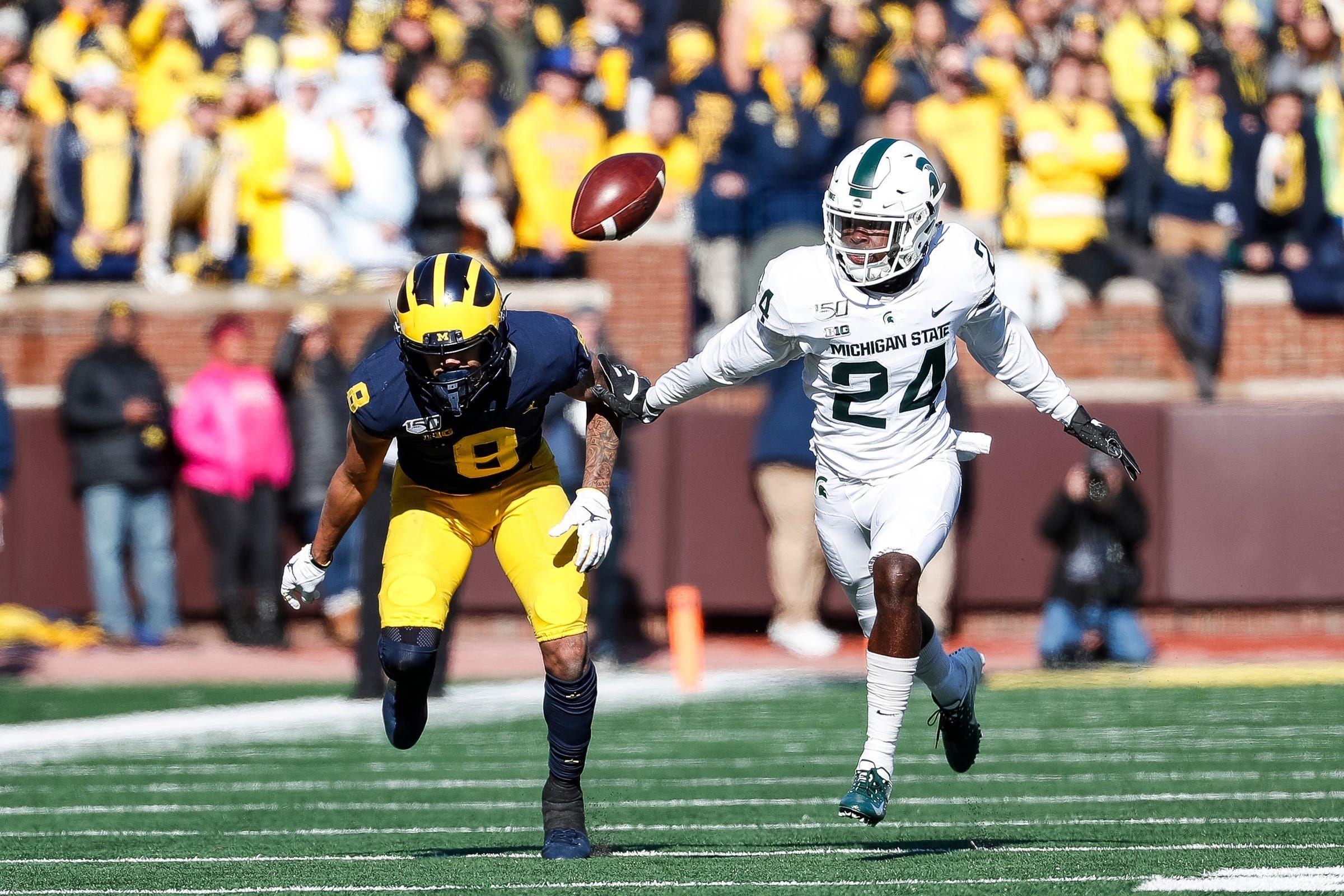 Michigan Football Michigan State Football Record Predictions Both Will Be Mediocre In 2020 Michigan State Football Michigan Sports Football Records