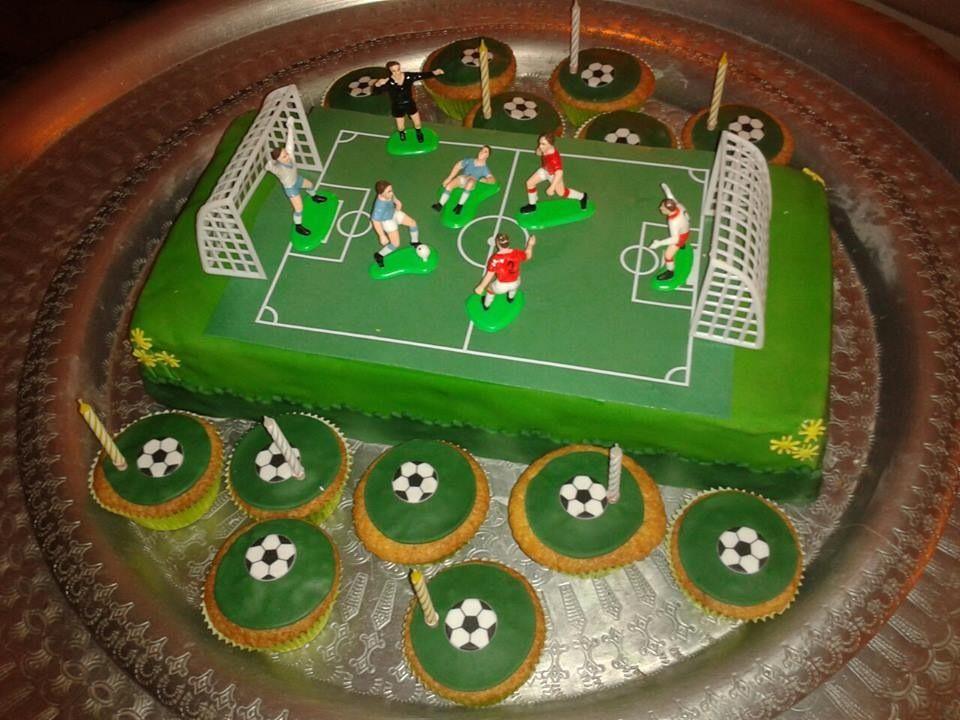Voetbal taart jiskaanse taarten pinterest search - Decoratie slaapkamer jongen jaar ...