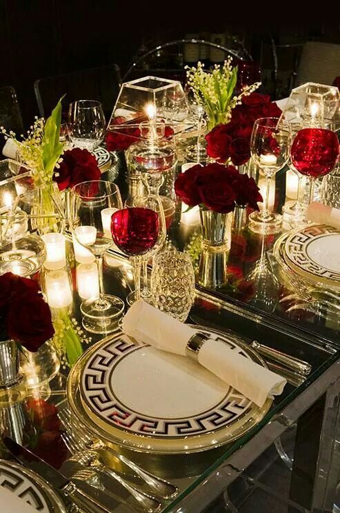 Beautiful table settings · Via Colin Cowie & Entertaining and Tablescapes | Tablescapes Table settings and Holidays