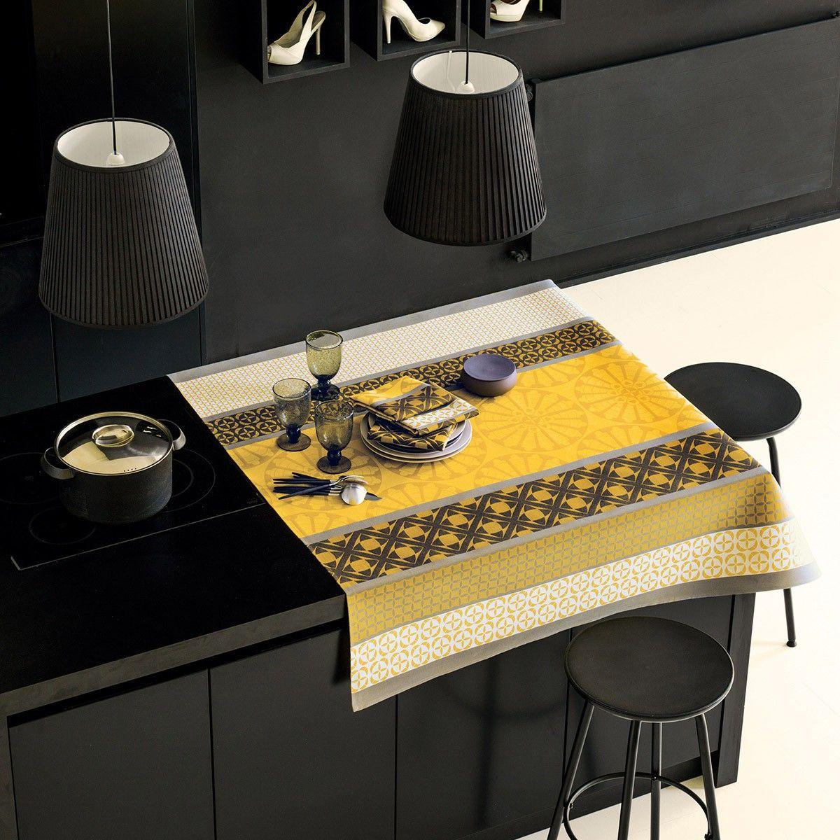 Nappe enduite Bilbao Acacia 100% coton - Nappes - La Table - Le Jacquard Français