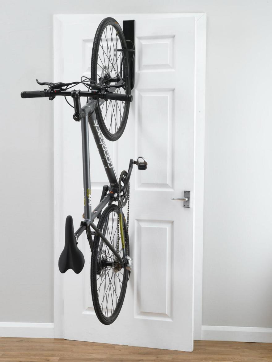 Desafío Espacio Pequeño: Almacenamiento de Bicicletas Interior - Core77