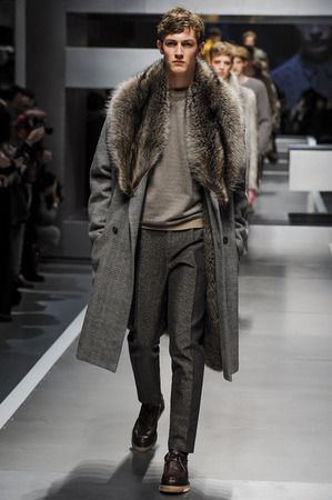 53214249627 Fendi Fall 2013 Men's Fox Fur Collar Prince of Wales Coat | furrrrr ...
