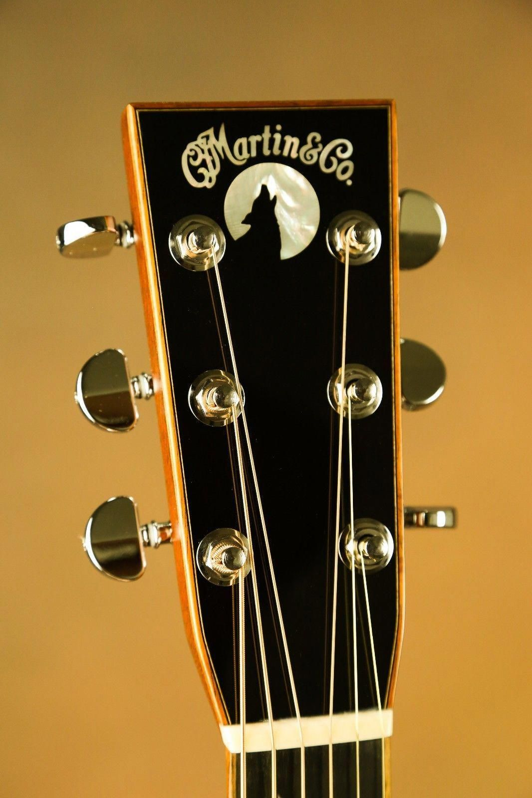 Martin Om 28 Wolf Custom Acoustic Guitar Custom Acoustic Guitars Guitar Inlay Martin Guitar