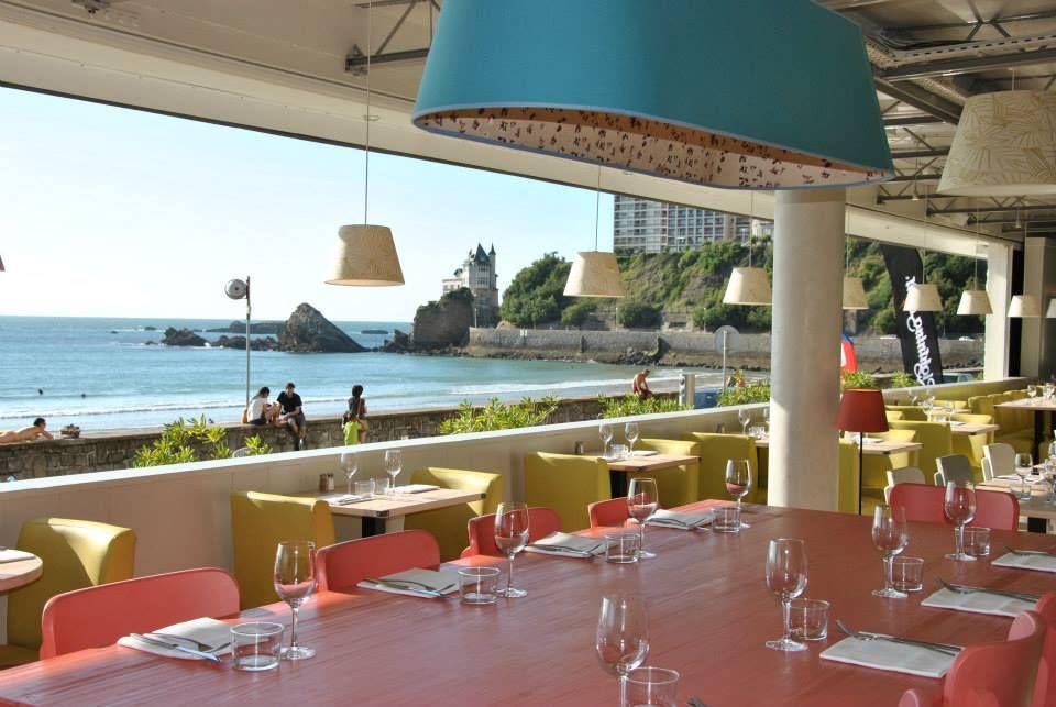 restaurant vue mer le surfing plage de la c te des basques. Black Bedroom Furniture Sets. Home Design Ideas