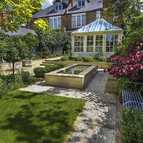 Formal Garden Design Idea: Elegant & Formal Garden