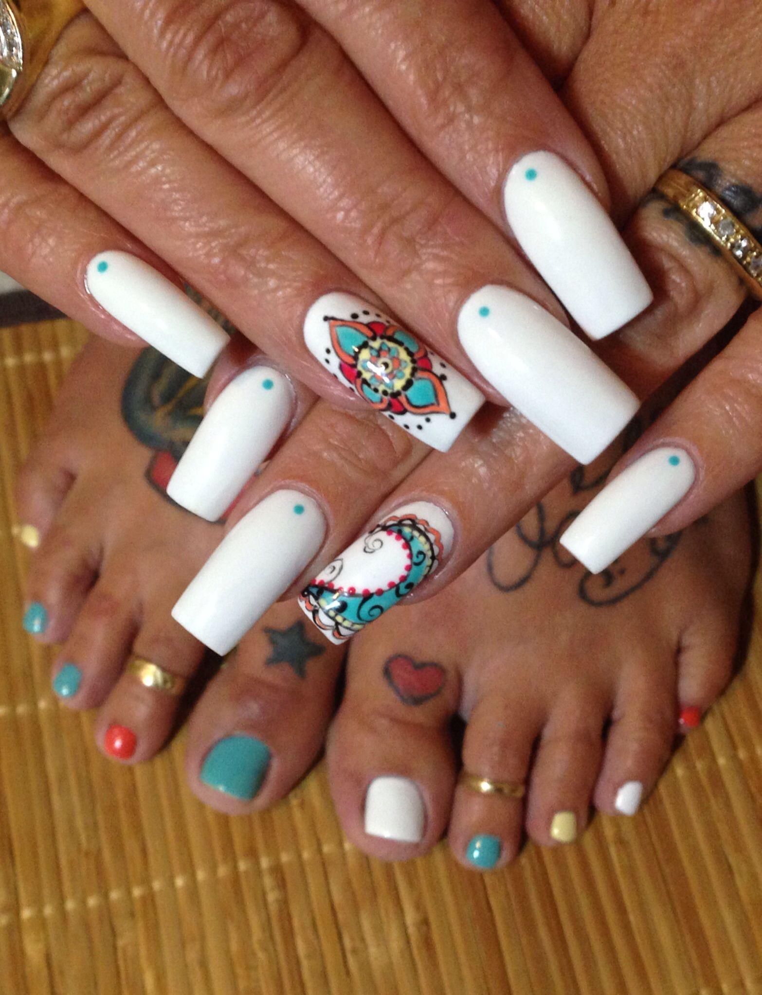 Mandala gel nail art | The Nail Bar | Pinterest