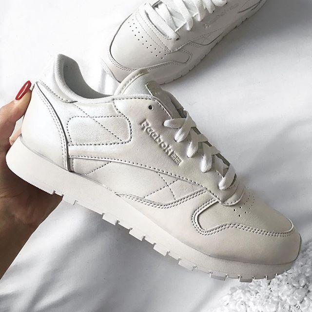 d53da0a4a80 Sneakers women - Reebok Classic Pearlized white (©alisaxvii)