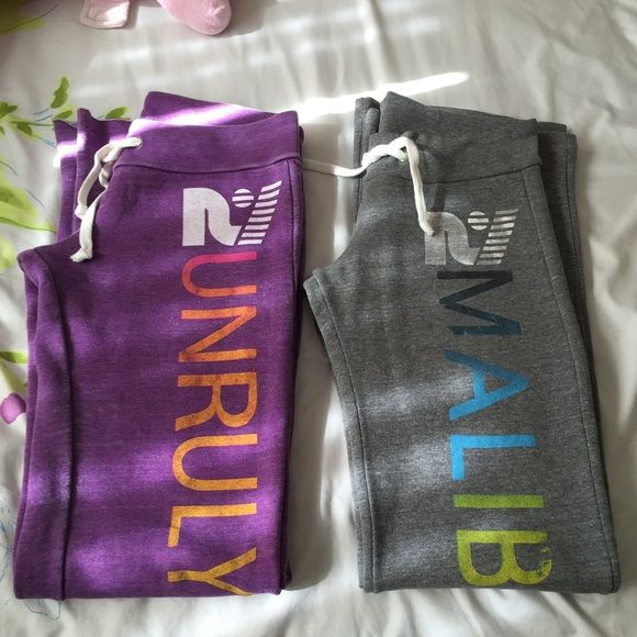 Rebel Yell sweatpants bundle Very soft and comfortable! Perfect to wear around the house :) There are signs of pilling on the inside, but the outside of the pants has no flaws. Rebel Yell Pants Straight Leg