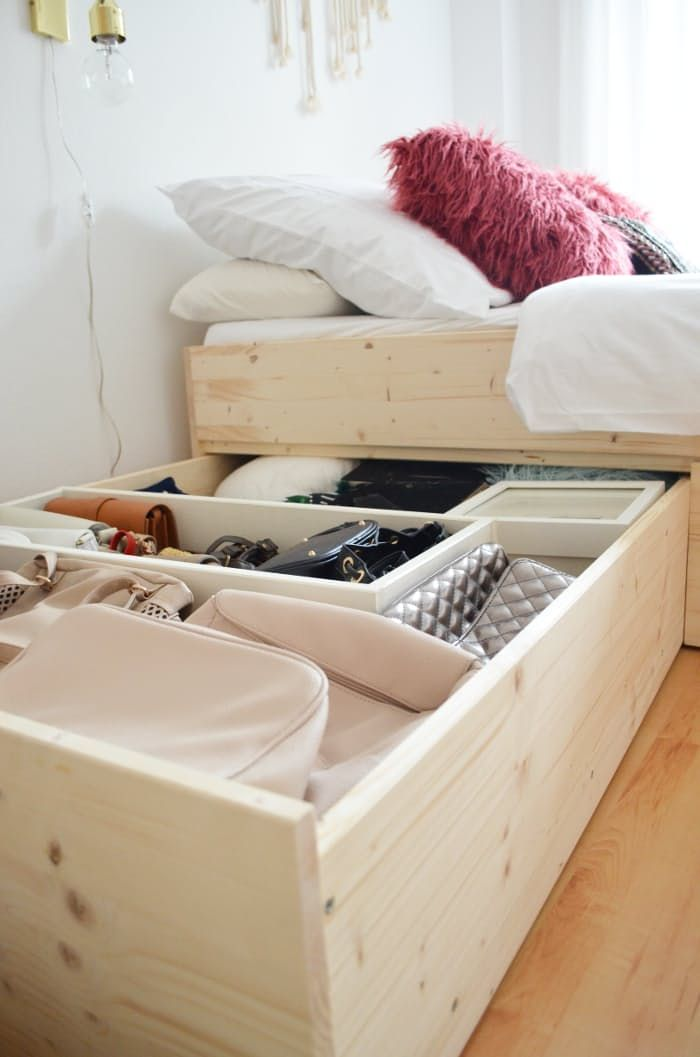 DIY Furniture for Small Spaces That\'s Flexible & Functional | Camas ...