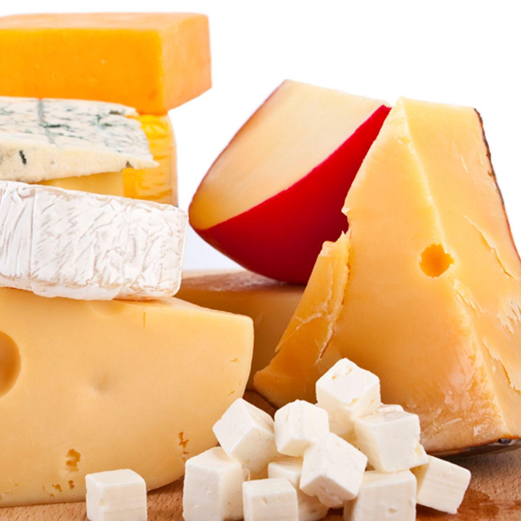 هل تعلم أنه يمكن استخدام الجبن عند اتباع نظام غذائي مخصص لفقدان الوزن تعرف على أفضل نوع جبن يمكن استخدامه في الدايت وعدد السعرات Food Cheese Camembert Cheese