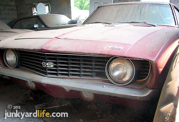 Barn Find Muscle Car Pic