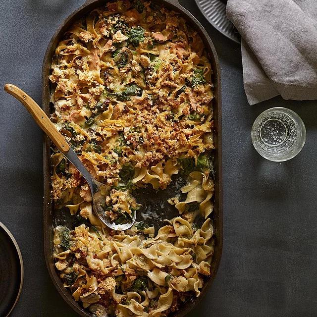Spinach Tuna Noodle Casserole Recipe In 2020 Noodle Casserole Seafood Recipes Tuna Noodle