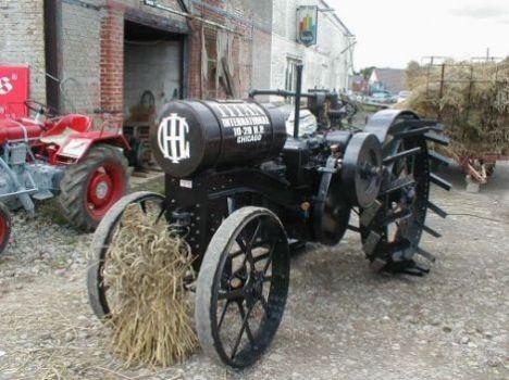 ihc titan ancien tracteur tractors oldies farming tools spoke wheeler 39 s tractors antique