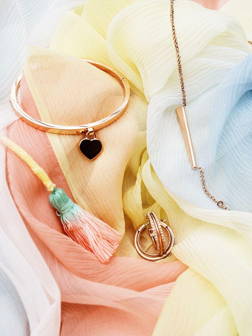 Roségold, Gelbgold, Silber – diese Fashion-Farben passen zu deinem Lieblingsschmuck