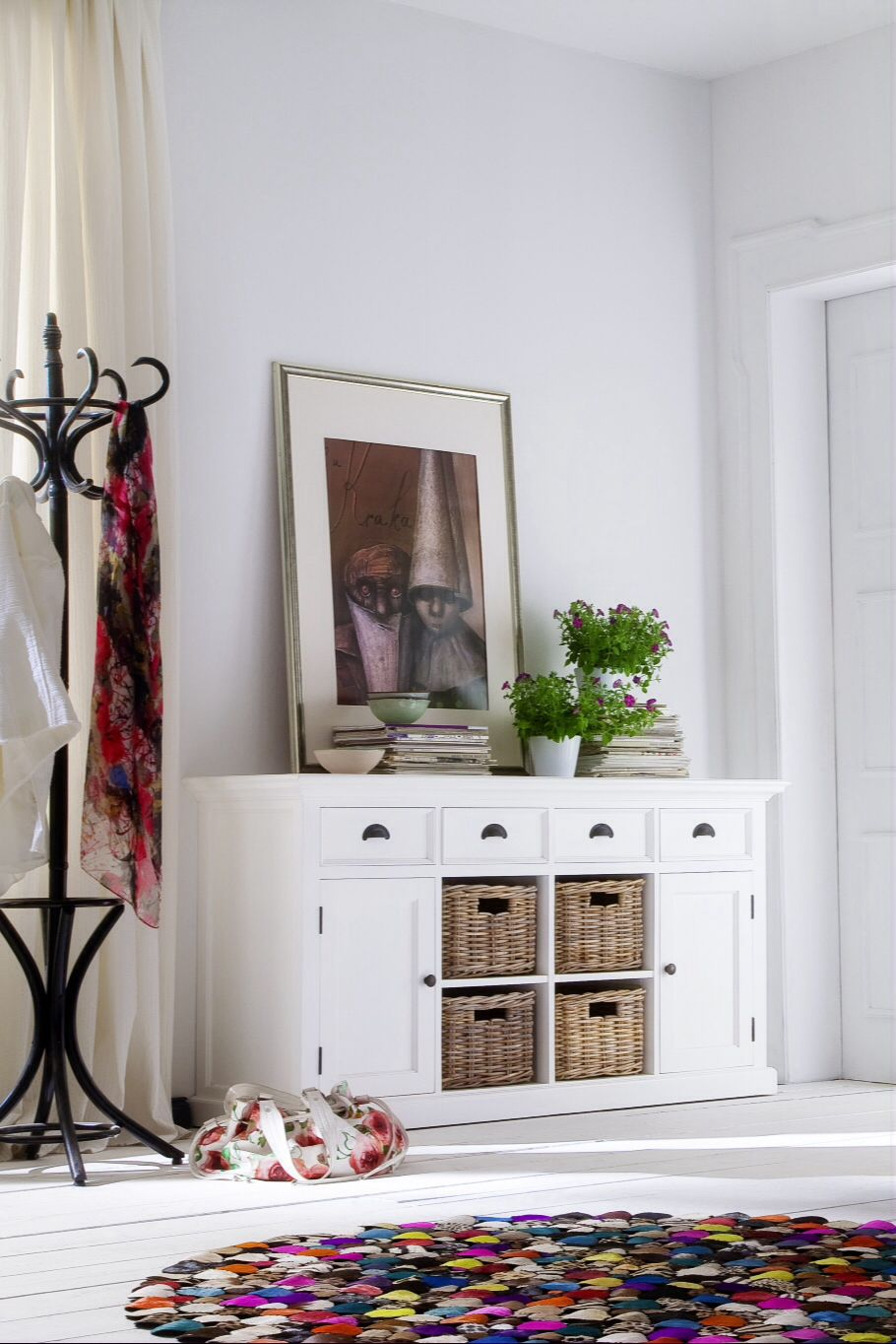 Anrichte shabby chic halifax in vintage weiss handgeflochtene rattank rbe und romantische - Wandschmuck wohnzimmer ...
