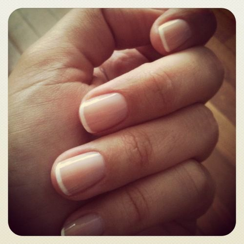 french manicure with thin white tip | My Style | Pinterest ...