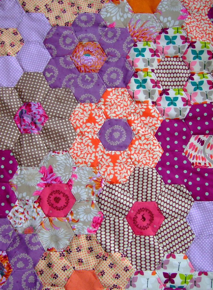 Image result for how to assemble an american grandma' flower ... : large hexagon quilt - Adamdwight.com