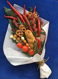 Букеты цветов из колбасы