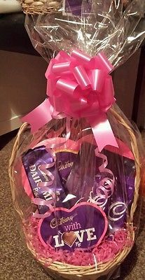 Cadbury With Love Chocolate Christmas Gift Hamper/All Occasions/Birthday £19.99