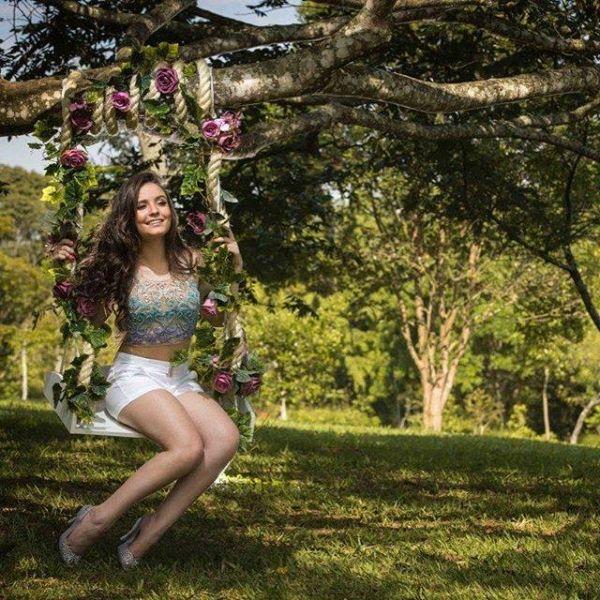 8a15298fbe177 Larissa Manoela - Vagalume Larissa Manoela 15anos, Fotos Da Larissa Manoela,  Dicas De Fotos