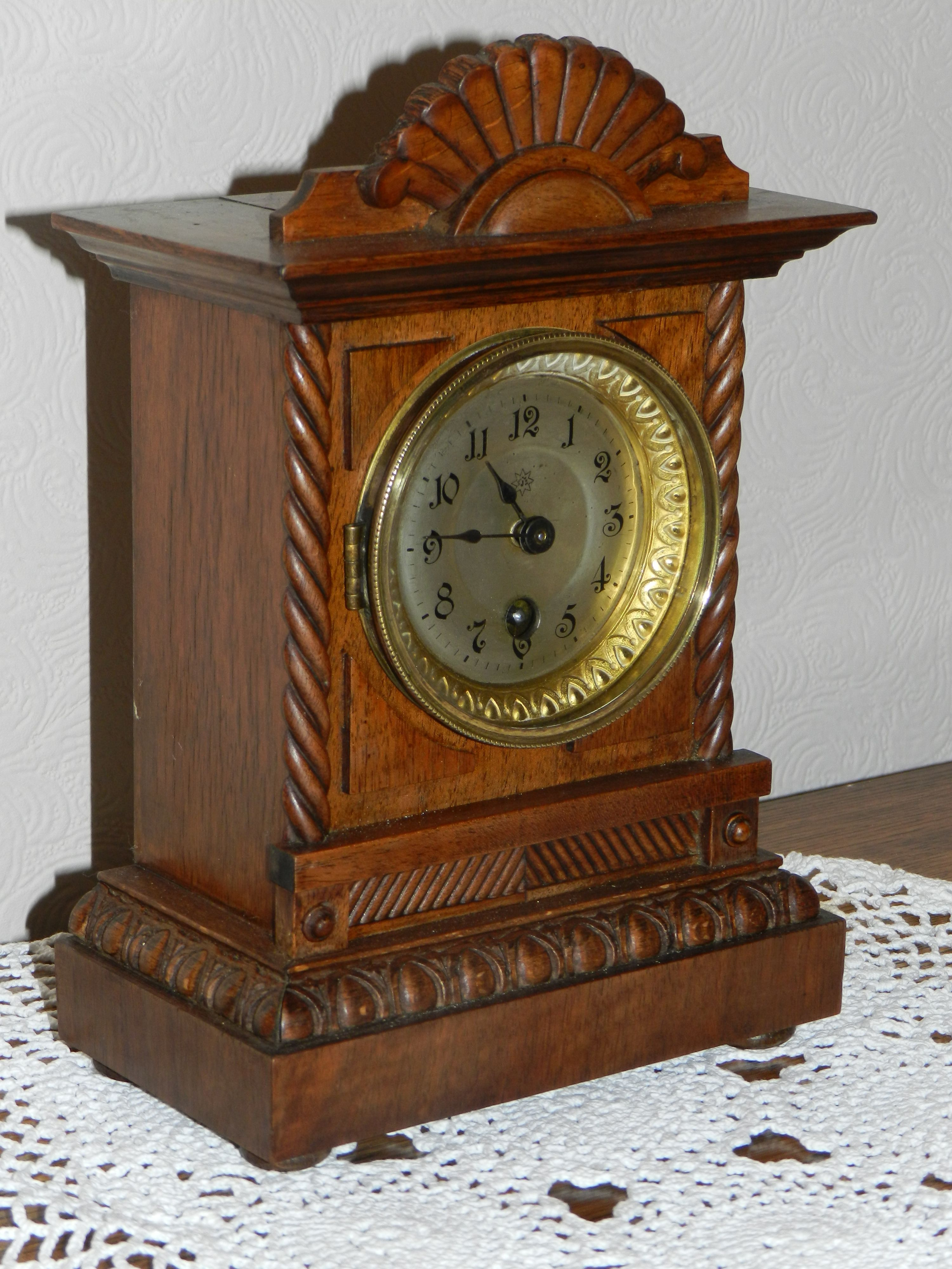 A Junghans Small Mantle Clock Around 1900s Antique Clocks Clock Mantle Clock