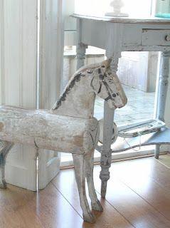 Pastels And Whites Houten Paard Brocante Houten