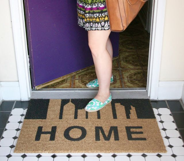 DIY Welcome Mat! So easy to make and personalize for your home!