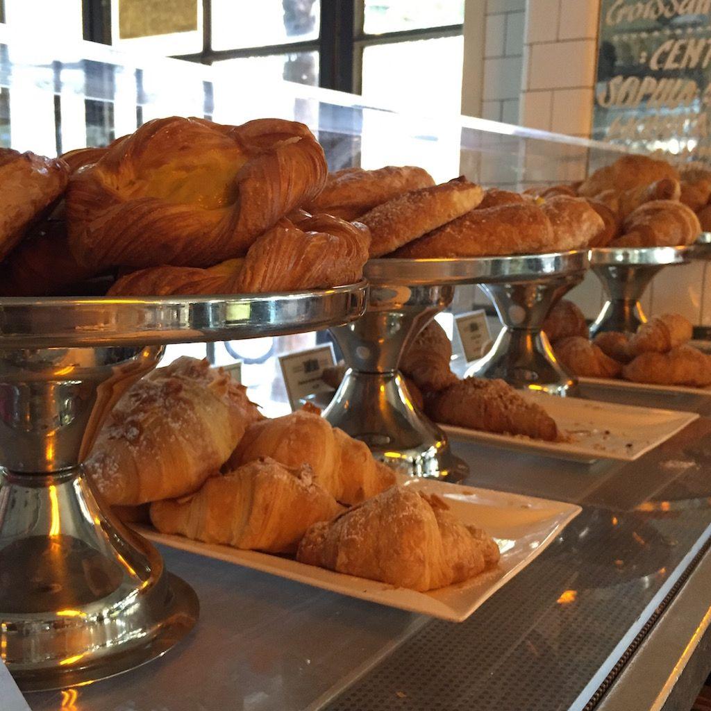 Cornetto!! #roma #rome #receitaitaliana #receitas #receita #recipe #ricetta #cibo #culinaria #italia #italy #cozinha #belezza #beleza #viagem #travel #beauty #colazione #cafedamanha #breakfast #cornetto