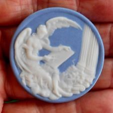 ANGEL WITH BIG WINGS WRITING ON TABLET  JASPERWARE BUTTON