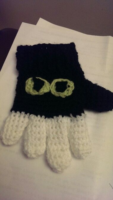 How to train your dragon gloves.