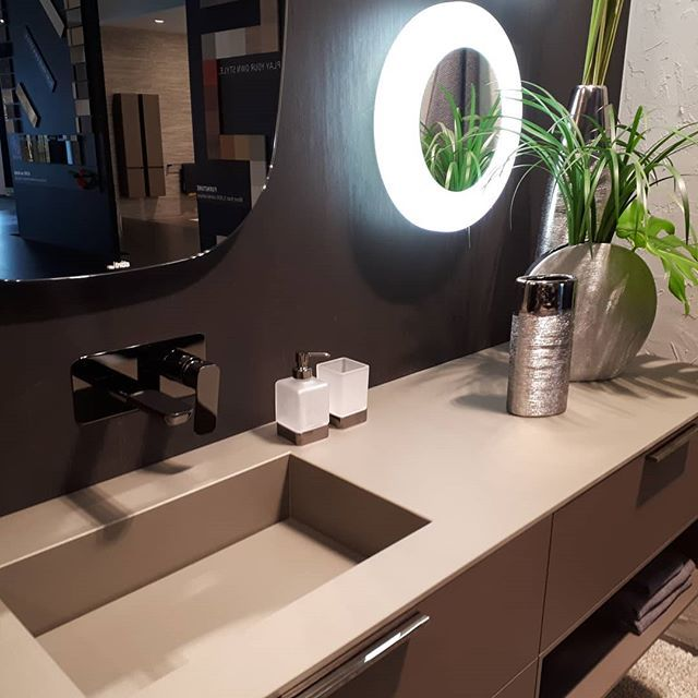 Some pics of our compositions at #salonedelmobile2018.  Play your own style.  #salonebagno #salonedelmobile2018 #isaloni2018 #interiordesign #bathroomdesign #italianstyle #italiandesign #salonedelmobile #salonedelbagno #milan