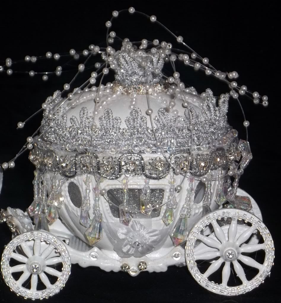 Cinderella Carriage Cake Stand Castle Coach Horses Lighted Topper Birthday Wedding