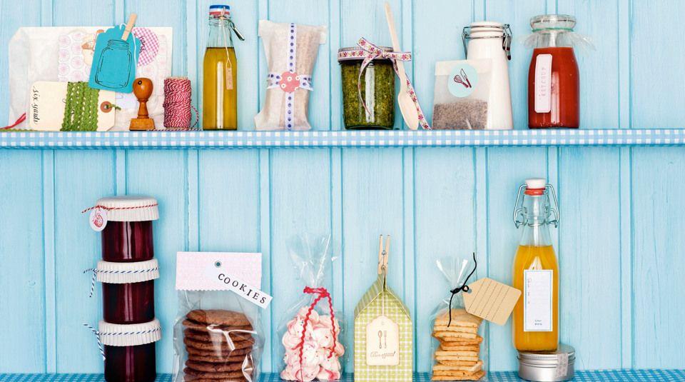 Verpackungen und Etiketten für Geschenke aus der Küche Haushalt