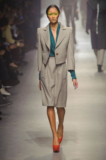 c59e329fdc0 The power shoulder. Back yet again. See all the looks from Vivienne ...