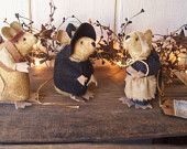 PrImItIvE FoLkArT Thanksgiving Pilgrim Mice Trio Gathering Fall Harvest Mouse ofg hafair ab4b