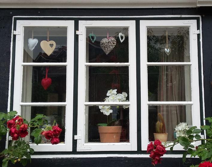 Schön dekoriertes Fenster, Kappeln - Foto: S. Hopp