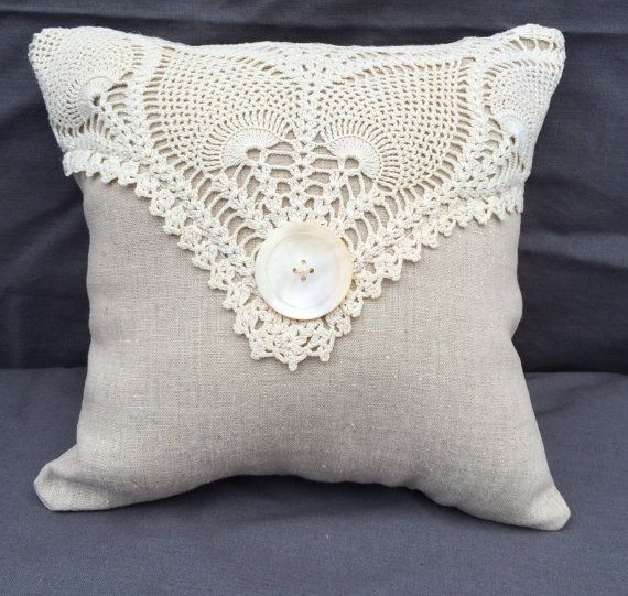 Shabby Chic Linen Pillow with Vintage Doily and Button   Kissen ...