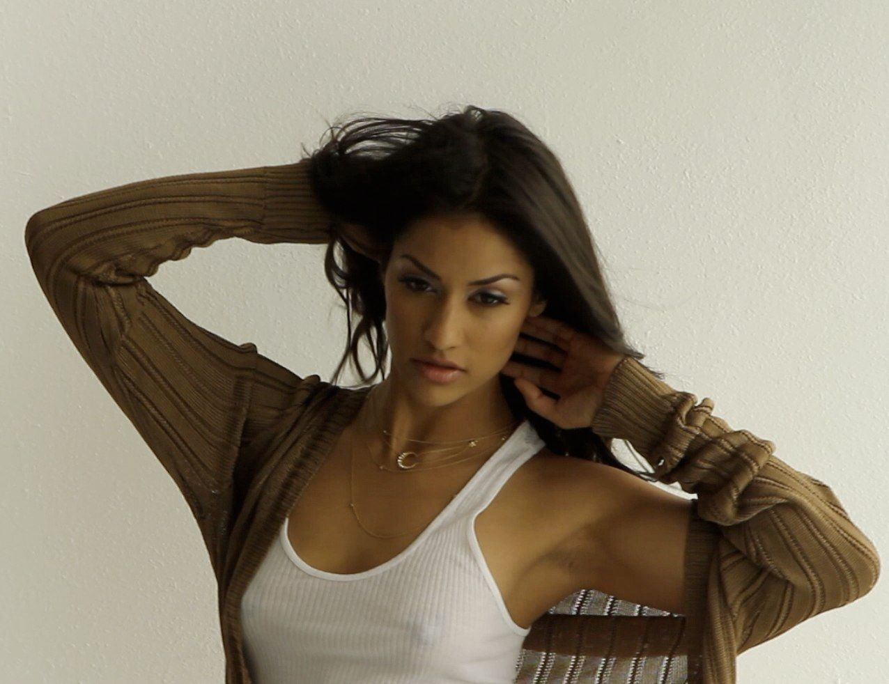 Janina Gavankar Search Beautiful