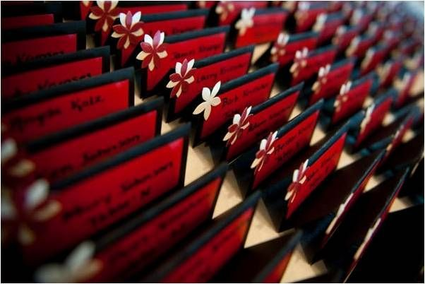 Black Red White Daisies Themed Wedding Escort Card Table For Reception Could Do In Blue Or Burgundy Frame And
