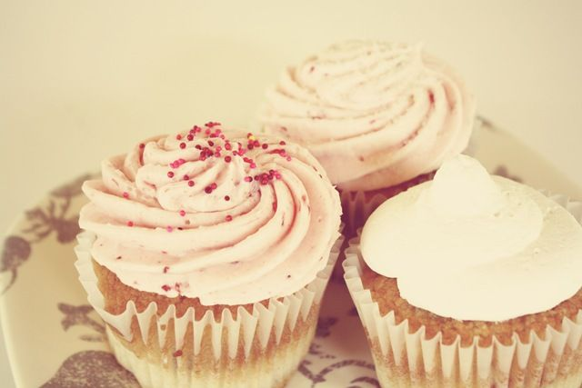 cupcakes are too cute NOT to love.