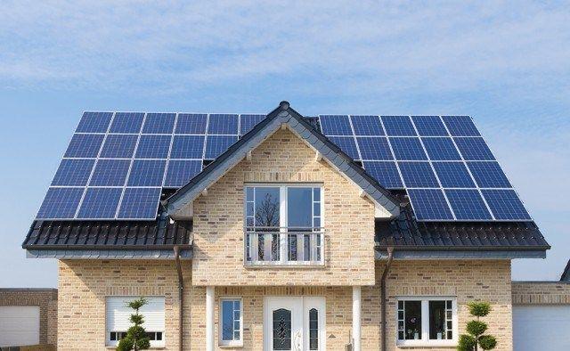 Techos 100 Solares Y No Placas Solares En Techos La Vision De Elon Musk Paneles Solares Tejas Solares Placas Solares