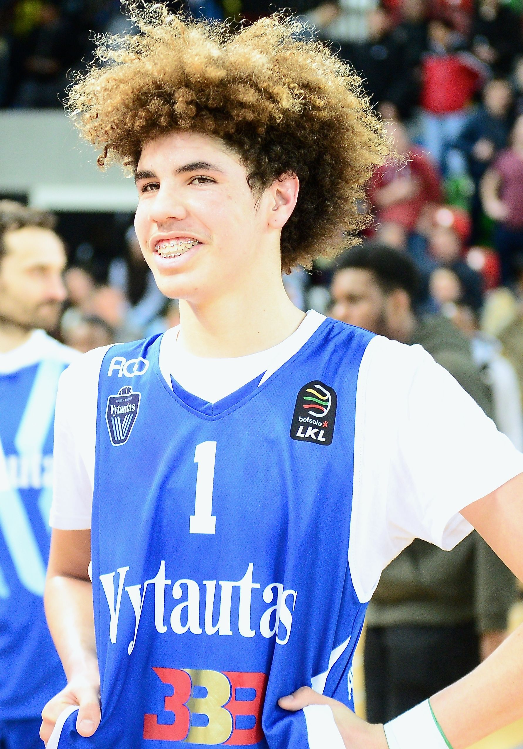 Lamelo Ball Is An American Professional Basketball Player For The Illawarra Hawks Of The National Basketball Leagu Lamelo Ball Basketball Players Liangelo Ball