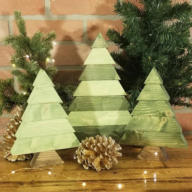 Rustic Wooden Christmas Tree Chunky Reclaimed Wood Table Etsy Wooden Christmas Trees Wooden Pallet Christmas Tree Christmas Table Decorations